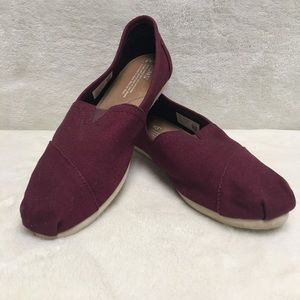 Toms Burgundy Canvas slip on loafers flats